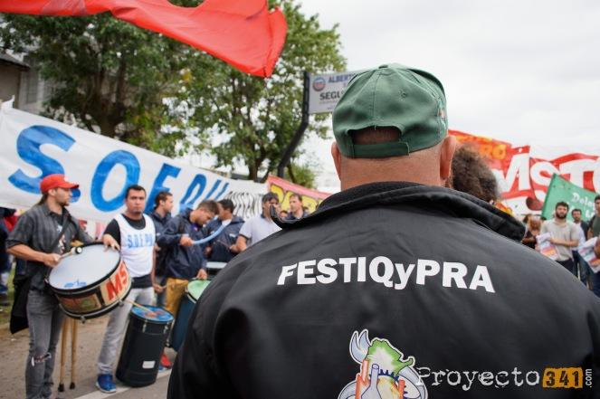 MIembros de la Federación de Sindicatos de Trabajadores de Industria Química y Petroquimica de la Republica Argentia presentes durante el acto.